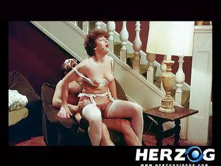 Порно видео волосатая пизда скачать бесплатно